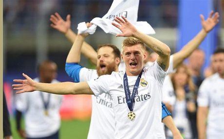 Real Madrid xac nhan 'troi chan' thanh cong Toni Kroos - Anh 1