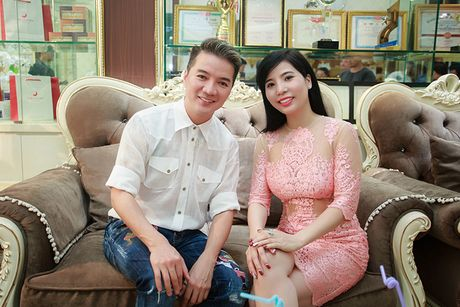 Dam Vinh Hung cham soc dung nhan truoc liveshow 12 ty - Anh 7