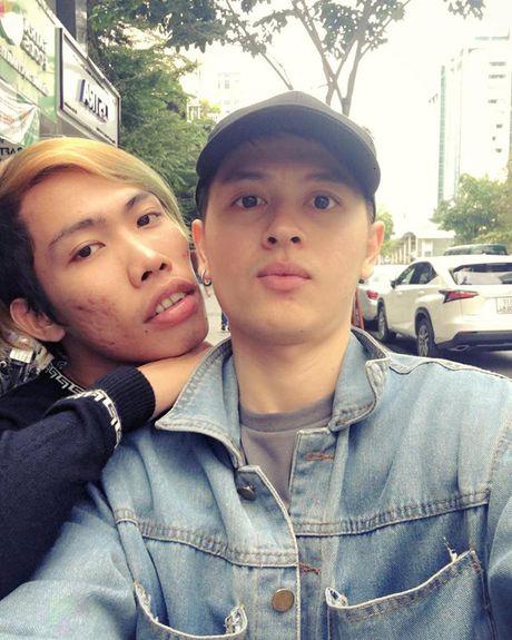 Su that ve ban trai tin don cua 'tham hoa mang' Tung Son - Anh 1