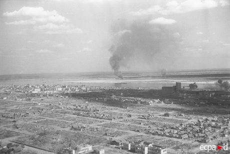 Loat anh kinh hoang mat tran Stalingrad nam 1942-1943 - Anh 2