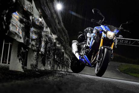 Suzuki ra mat moto GSX-S750 'dau' voi Kawasaki Z800 - Anh 2