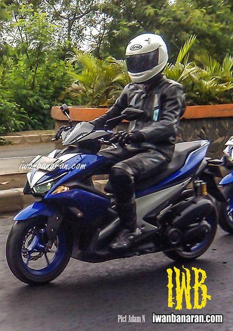 Day co phai la Yamaha NVX 155, chiec xe tay ga thay the Nouvo? - Anh 1