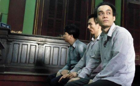"""2 an tu cho nhom """"dai bang"""" phong giam tra tan ban tu den chet - Anh 1"""