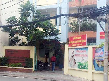 Can bo UBND phuong o TP HCM chet canh khau sung - Anh 1