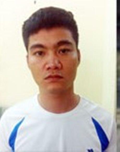 Hai Phong: Bat giu doi tuong trong cuoc hon chien bang sung hoa cai - Anh 1