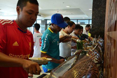 Bi mat phia sau 'bep an hop chung quoc' o Viettel World Cup 2016 - Anh 1