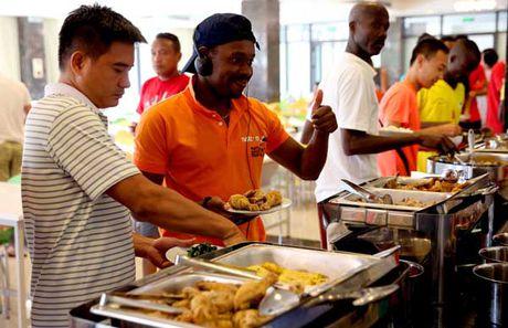 Bi mat phia sau 'bep an hop chung quoc' o Viettel World Cup 2016 - Anh 2