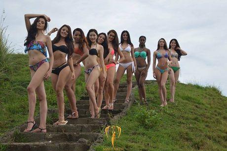 Nam Em khoe voc dang san chac voi bikini tai Miss Earth - Anh 14