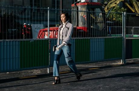 Street Style Paris Fashion Week 2017 - dinh cao cua su don gian - Anh 12