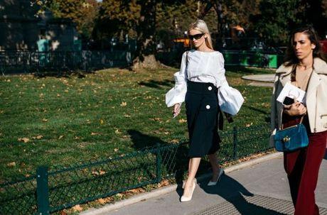 Street Style Paris Fashion Week 2017 - dinh cao cua su don gian - Anh 13
