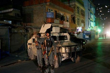 Xa sung dam mau tai Kabul, 14 nguoi chet - Anh 1