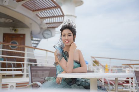 Hoa hau My Linh khoe vai tran khi du su kien o Dai Loan - Anh 7
