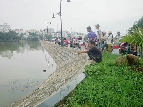 Hue: Dang lam ro hanh dong cua nguoi dan ong nhay song Nhu Y - Anh 1