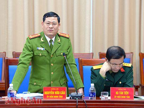 Giam doc Cong an Nghe An duoc cong nhan chuc danh Pho giao su - Anh 2