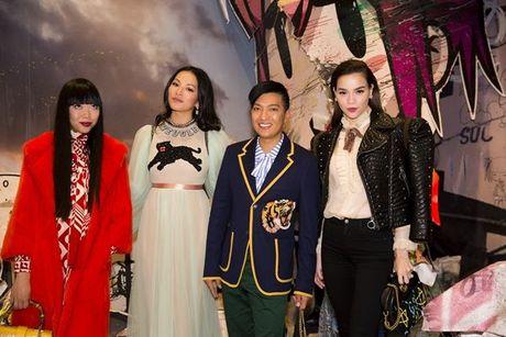 Ho Ngoc Ha noi ban bat giua dan blogger thoi trang noi tieng - Anh 3