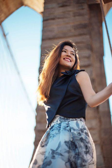 A hau Ao dai Chung Vu Thanh Uyen khoe sac o New York - Anh 15