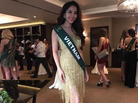 Nam Em rang ro cung dan thi sinh Hoa hau Trai dat 2016 - Anh 1
