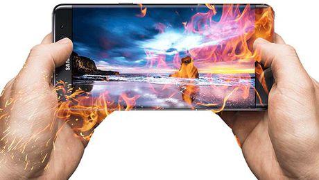 Samsung 'giup' doi thu cuoi khong ngam duoc mieng - Anh 3