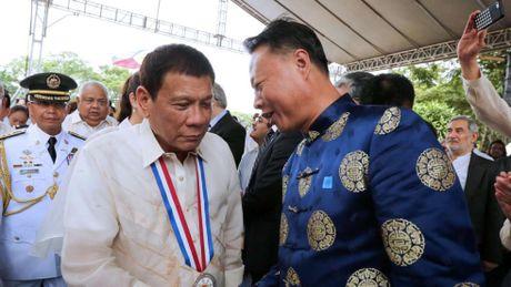 Duterte tham Trung Quoc: Buoc ngoat dot pha - Anh 1