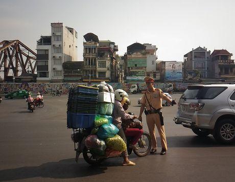Xu ly xe cong kenh: Lam nghiem vi su an toan chung - Anh 2