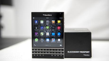 BlackBerry Passport quoc te ve VN voi gia 6,5 trieu dong - Anh 1