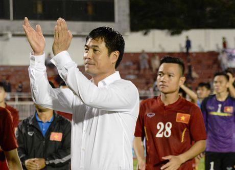 HLV Huu Thang dang hanh phuc cung tuyen Viet Nam - Anh 1