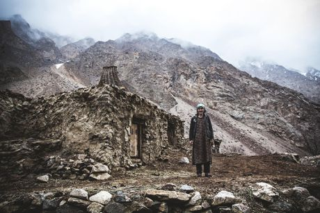 Nhung hinh anh xuc dong ve phai yeu o Tajikistan - Anh 4