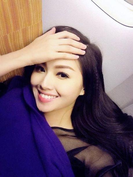 Top 5 nguoi dep Viet so huu nu cuoi 'sang choang khung hinh' - Anh 12