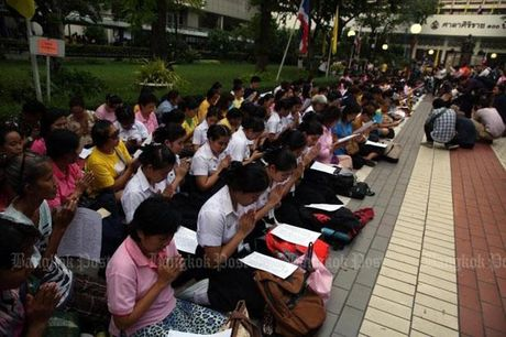 Suc khoe Nha vua Thai Lan khong on dinh - Anh 1