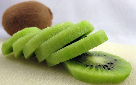 Lam sao de tranh mua nham kiwi Trung Quoc 'doi lot' hang xin? - Anh 7