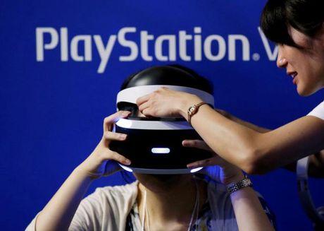 Sony buoc vao cuoc dua thuc te ao voi kinh PlayStation VR - Anh 1