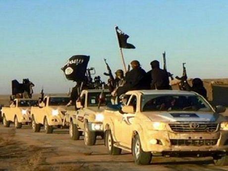 Chong khung bo: Iran dap tan am muu danh bom cua IS - Anh 1