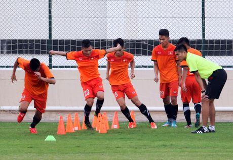 U19 Viet Nam duoc truyen cam hung tu cac dan anh tai DTQG - Anh 1