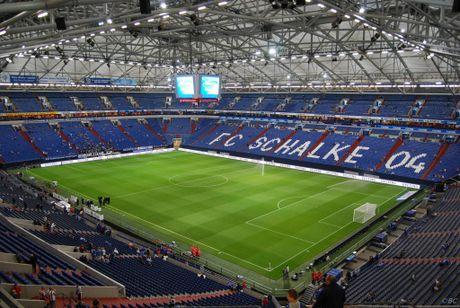 Bundesliga va nhung 'chao lua' cuong nhiet nhat the gioi - Anh 3