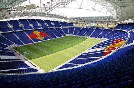 Bundesliga va nhung 'chao lua' cuong nhiet nhat the gioi - Anh 7