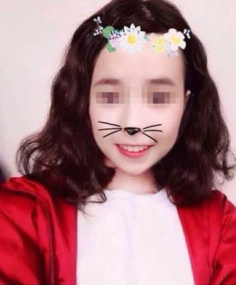 Gai xinh khoe chuyen yeu len mang bi to 'song ao' - Anh 10