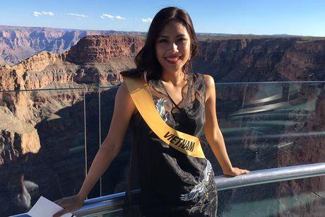 Nguyen Thi Loan tran day nang luong tai Miss Grand International 2016 - Anh 1