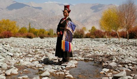 Cuoc song o vung dat 'Tieu Tay Tang' tren nui Himalaya - Anh 12