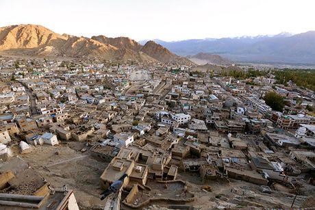 Cuoc song o vung dat 'Tieu Tay Tang' tren nui Himalaya - Anh 1