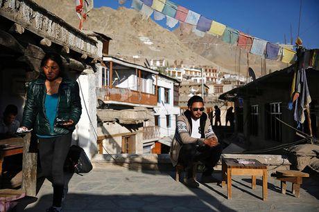 Cuoc song o vung dat 'Tieu Tay Tang' tren nui Himalaya - Anh 4