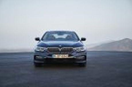 BMW 5-Series 2017 hoan toan moi; dep hon, thanh thoat hon, nhieu cong nghe hon - Anh 27