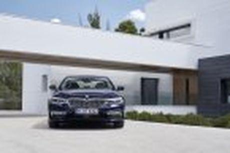 BMW 5-Series 2017 hoan toan moi; dep hon, thanh thoat hon, nhieu cong nghe hon - Anh 28