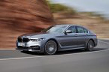 BMW 5-Series 2017 hoan toan moi; dep hon, thanh thoat hon, nhieu cong nghe hon - Anh 29