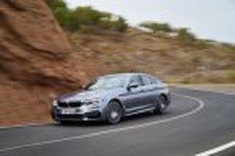 BMW 5-Series 2017 hoan toan moi; dep hon, thanh thoat hon, nhieu cong nghe hon - Anh 33