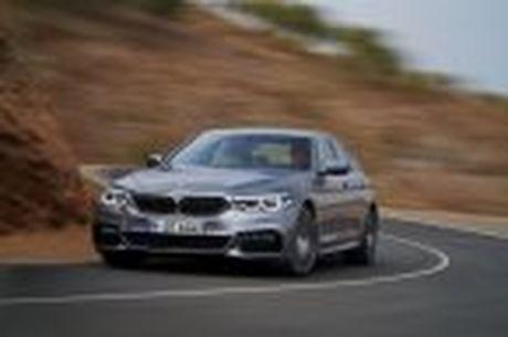 BMW 5-Series 2017 hoan toan moi; dep hon, thanh thoat hon, nhieu cong nghe hon - Anh 34