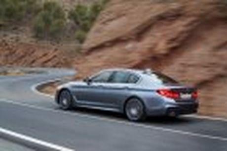 BMW 5-Series 2017 hoan toan moi; dep hon, thanh thoat hon, nhieu cong nghe hon - Anh 35