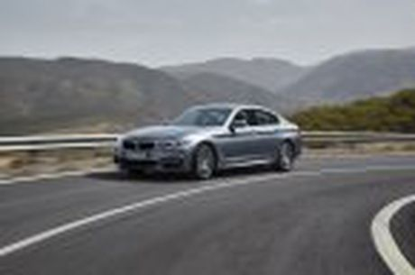 BMW 5-Series 2017 hoan toan moi; dep hon, thanh thoat hon, nhieu cong nghe hon - Anh 36
