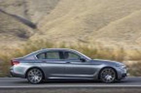 BMW 5-Series 2017 hoan toan moi; dep hon, thanh thoat hon, nhieu cong nghe hon - Anh 39