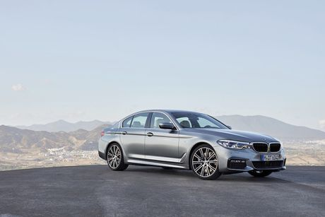 BMW 5-Series 2017 hoan toan moi; dep hon, thanh thoat hon, nhieu cong nghe hon - Anh 3