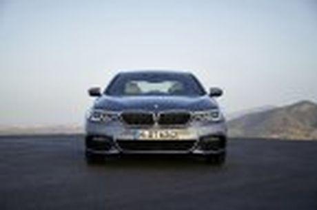 BMW 5-Series 2017 hoan toan moi; dep hon, thanh thoat hon, nhieu cong nghe hon - Anh 43